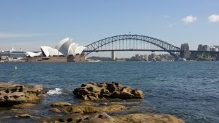 Top 10 Australian Tourist Destinations(Do you fancy taking a trip to the land down under? Or are you living down under and need a quick holiday? Well, we've got your travel suggestions right here., 2014-09-25T14:30:01.000Z)