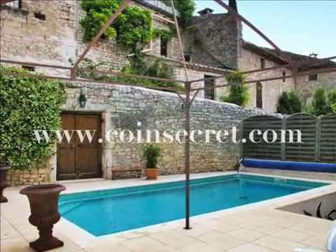 A Montclus, classé plus beau village de France, location d'une maison du 18ème siècle avec piscine