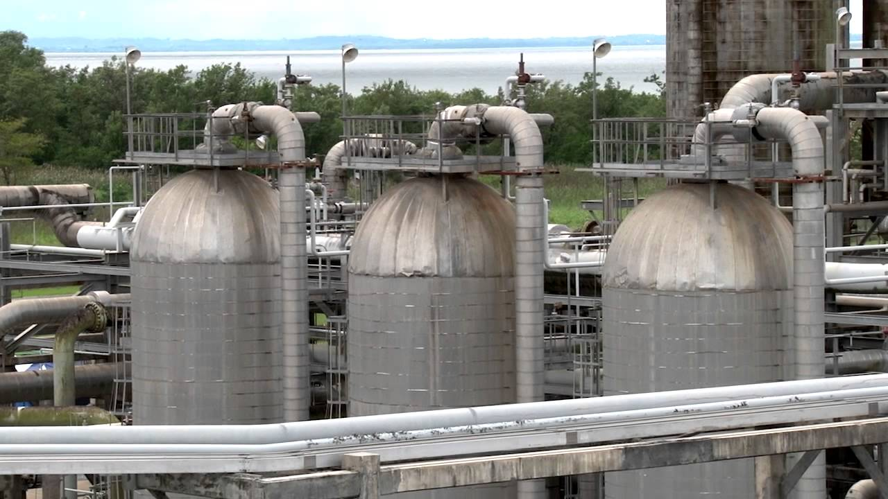Oil & Gas Services: Natural Gas Processing - YouTube