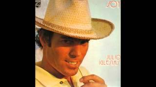 Es Una Ciudad Cualquiera - Julio Iglesias (Reversed/Invertido) HD