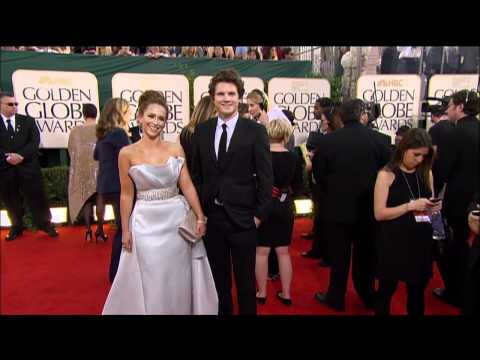 Jennifer Love Hewitt Fashion at the Golden Globes 2011 thumbnail