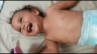 baby laughing sound doinng
