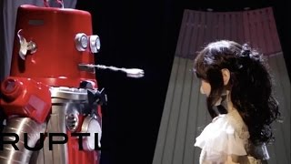 Tomorrow Daily - Robot wedding in Japan is spectacularly weird, Ep. 203 thumbnail