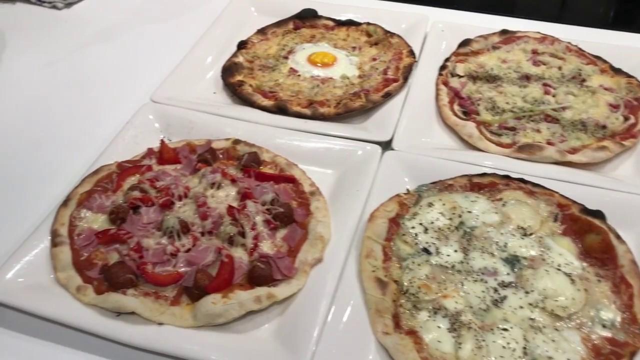 Pizza Facile Notre Recette Illustree Meilleur Du Chef