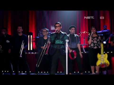 Afgan & The Gandarianz - Pesan Cinta (Live at Music Everywhere) **