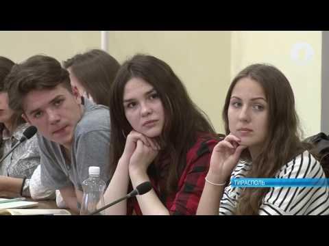Писатели из России встретились со студентами ПГУ им. Т.Г. Шевченко