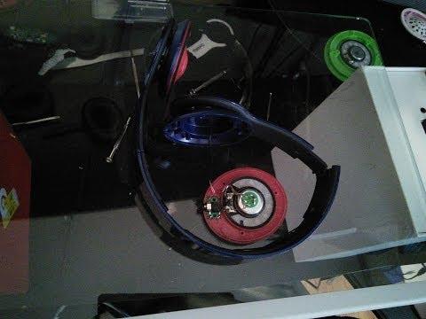 how-to-solder-beat-by-dre-solo-hd-headphones-fix-speaker-(version-2)-fixthebeat.com
