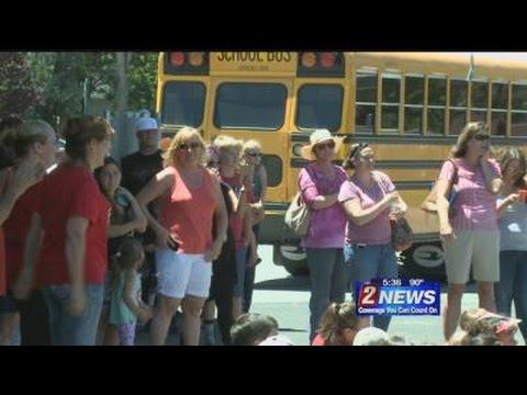 6/12 - 5:30pm - Flash Mob Farewell at Verdi Elementary School
