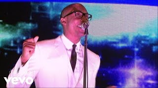 Raphael Saadiq - Love That Girl (2010 Essence Music Festival)