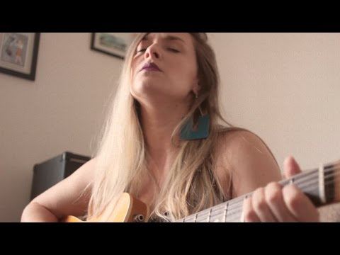 Through The Valley - Ellie's song (Shawn James) - Cover by Luiza Caspary