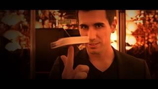 Adrian Vega Luxury CloseUp Magic
