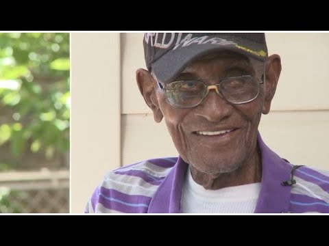 Reactions to the passing of Richard Overton recall a 'Texas legend'