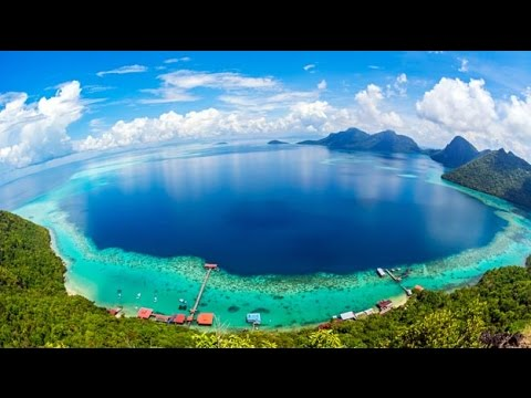 Top 10 Best Places to Visit in Malaysia - watch in one minut