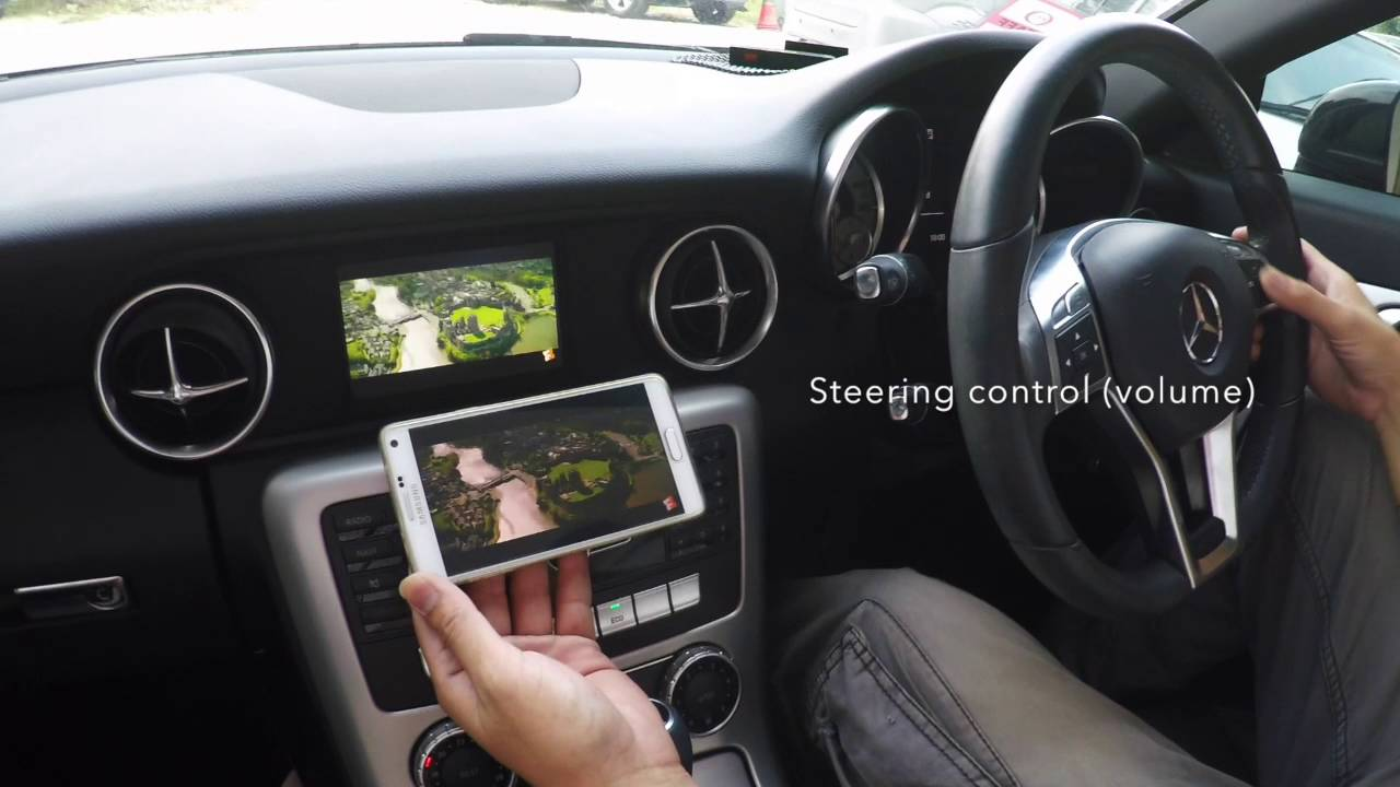Smartphone display mirrored onto SatNav Screen - Mercedes Benz SLK Forum