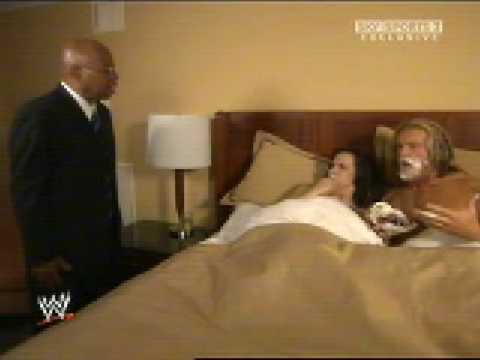 BIG E LANGSTON OWNS VICKIE GUERRERO!! NXT 31/10/12 from YouTube · Duration:  2 minutes 52 seconds