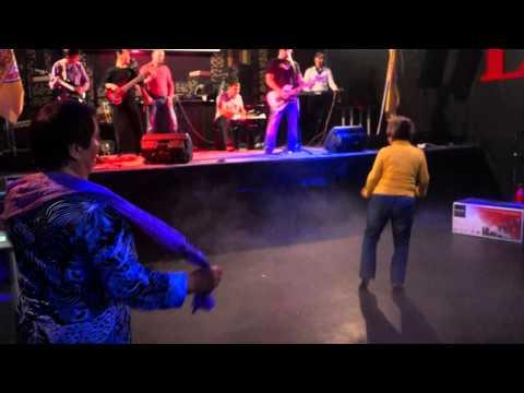 Зажигательные танцы на Апельсиновом Экспрессе от Дорожного Радио - Улан-Удэ
