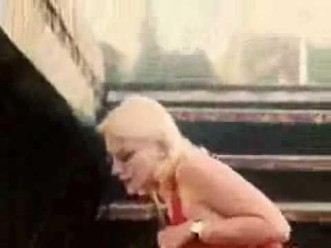 Клип Пикник - Смутные дни