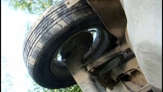 В Хабаровске автолюбитель нашел машину, брошенную хозяином после аварии.MestoproTV