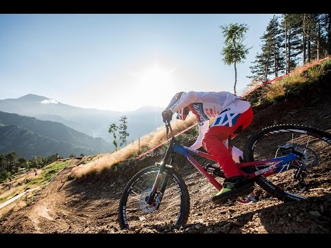 ALL IN - COMMENCAL / VALLNORD DH TEAM 2015 season