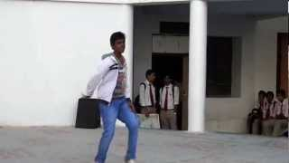 Awesome Dance by a College Student on Dope Shope..