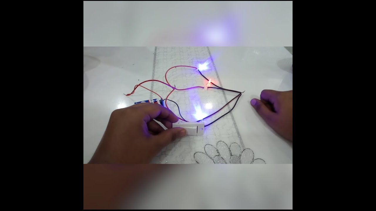 Multiple Bulbs And One Switch A Simple Parallel Electric Circuit Light Bulb