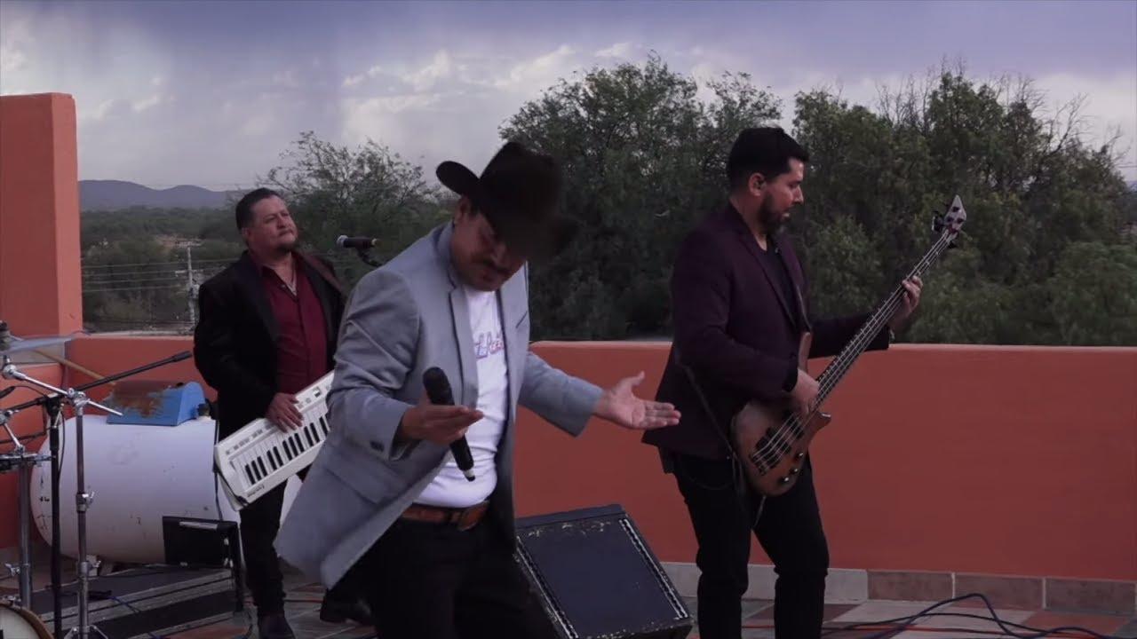 Los Rehenes - Pienso En Ti [En Vivo Desde San José de Lourdes, Zacatecas]