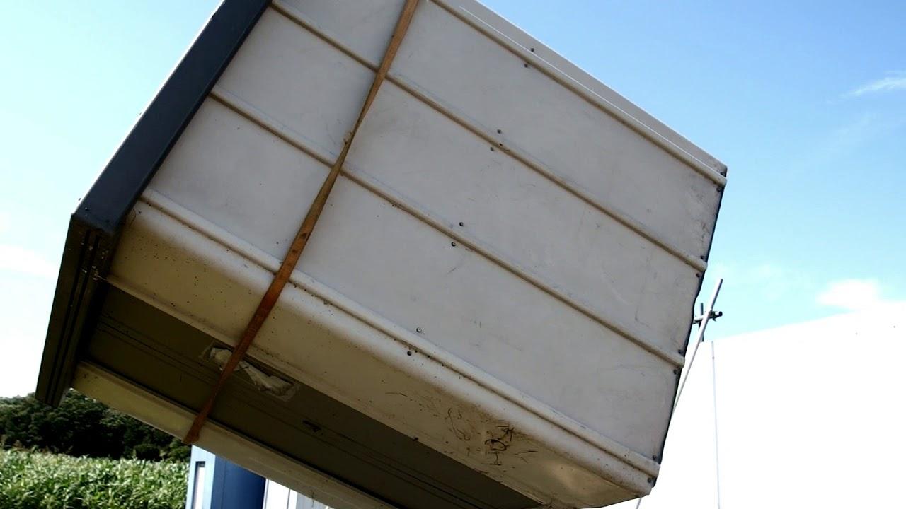 今日の1日風で吹っ飛んだ物置の救出と自分のトラックの救出( ;∀;)