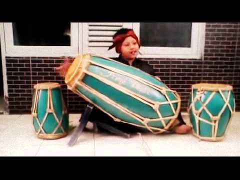 kendang sunda ( sundanese drum )