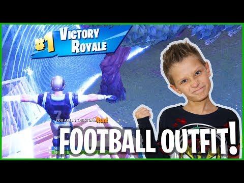 Footballer Takes 1st Place In Fortnite!