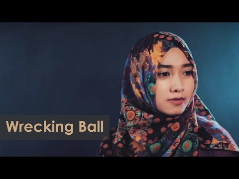 Wrecking Ball - Miley Cyrus (AF feat, Rini Oktaviana  cover)