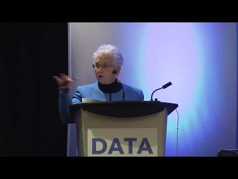 Data Transparency 2017  -  Closing Keynote: An Open Data Transformation for Federal Grants