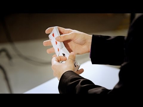 How to Do the Faro Shuffle | Magic Card Flourishes