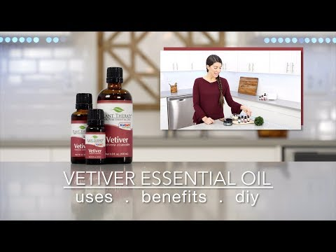 vetiver-essential-oil:-best-uses-&-benefits-+-quick-how-to