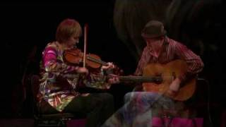 Liz Carroll & John Doyle: Fiddle & Guitar, Christmas Celtic Sojourn 2009 [HD]