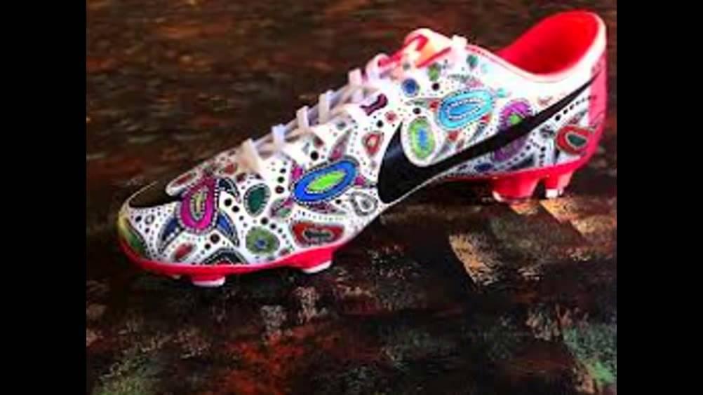 Los 25 mejores zapatos del mundo youtube for Mejores carnavales del mundo