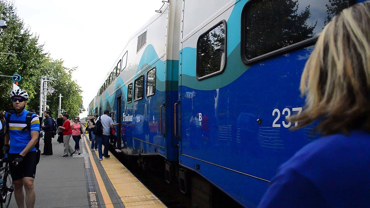 Sound Transit Lakewood Bound 7 Car Sounder Train
