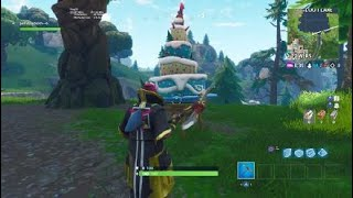 (Fortnite challenge 1 years) a birthday cake was found a Loot Lake (Fortnite battle royal