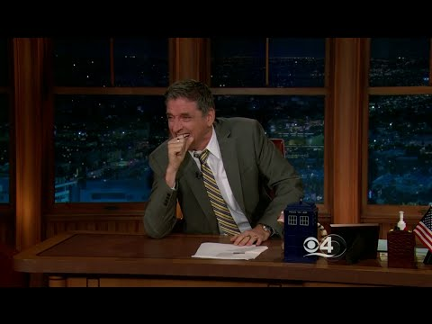 Late Late Show with Craig Ferguson 5/19/2011 Tony Shalhoub, Sloane Crosley