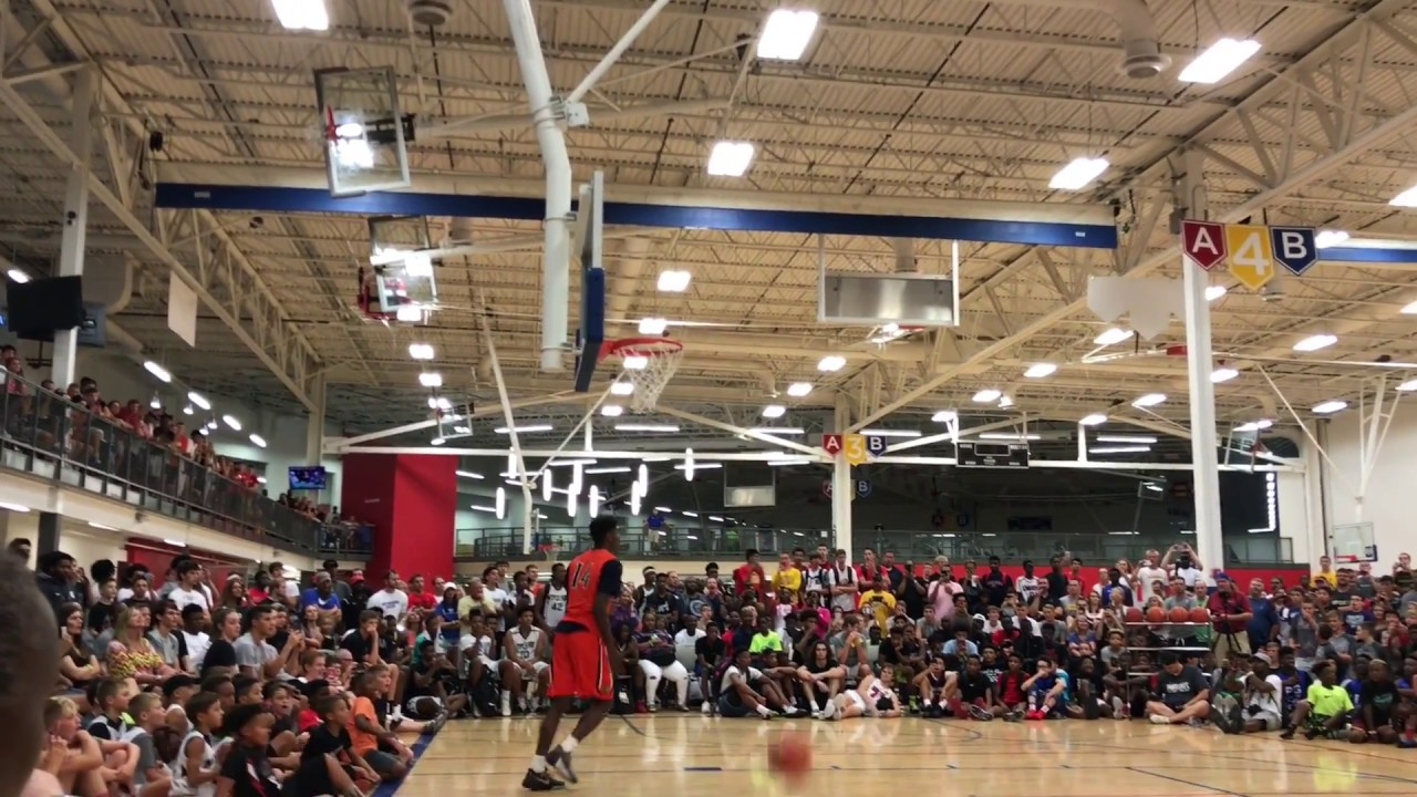 Nike Hardwood Classic Dunk Contest 2017 Lawrence Kansas *Crazy talent* #1  player in class of 2021