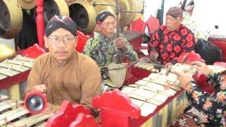 Ladrang ASMARADANA - Javanese Gamelan Ensemble [HD]
