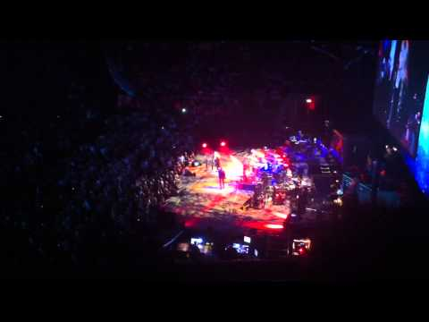 Fleetwood Mac - Rhiannon (Manchester 01/10/13)