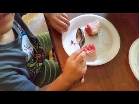 Diabetic Sugar free Strawberry Cake vs. Strawberry Cake
