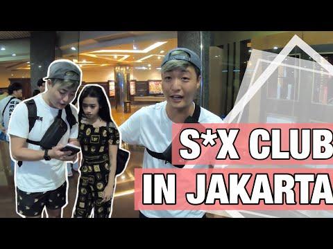 Picking up girls in Classic Hotel, Jakarta, Indonesia