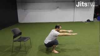 Squatting properly with Dr. Andreo Spina