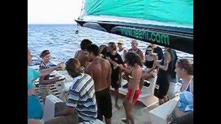 mai tai catamaran waikiki hawaii