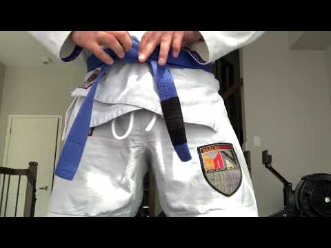 How to tie your BJJ belt properly
