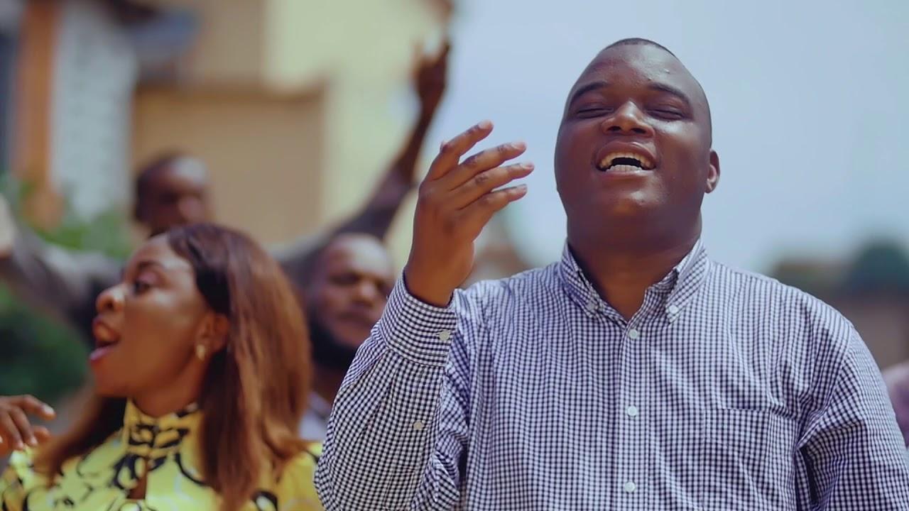Download Henri Papa Mulaja - Tembe Esili (clip officiel)