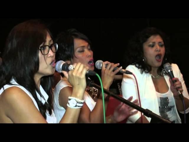 De drie  Diva's :Inda Onny,Aida Amatstam,Ira Herlina.