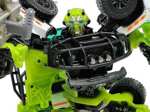 Transformers 3 Dark of The Moon Deluxe mechtech Ratchet ...