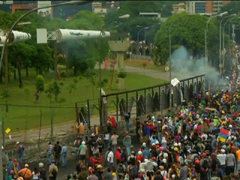Thumbnail: Protests Over Student Killed Continue in Caracas